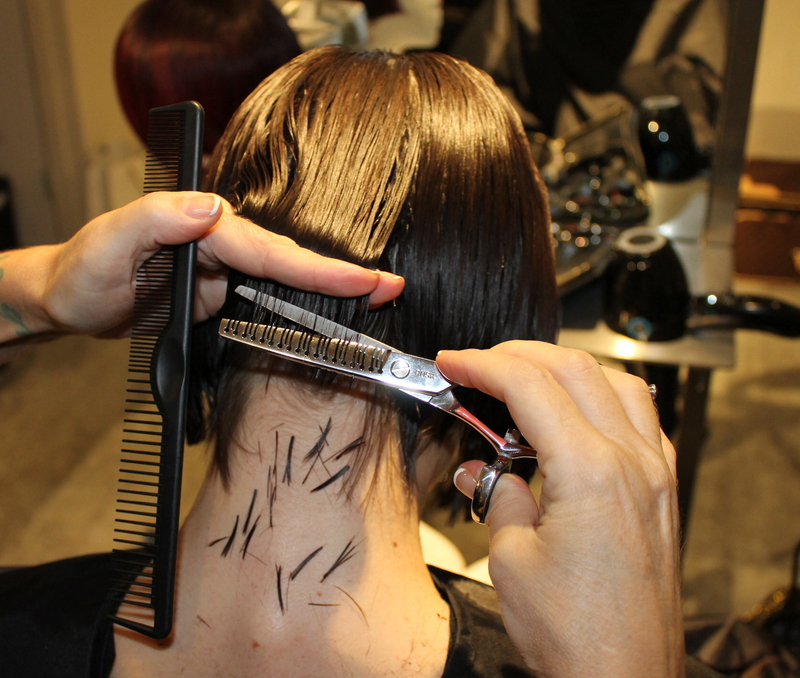 Blunt Edge Bob Haircut Technique