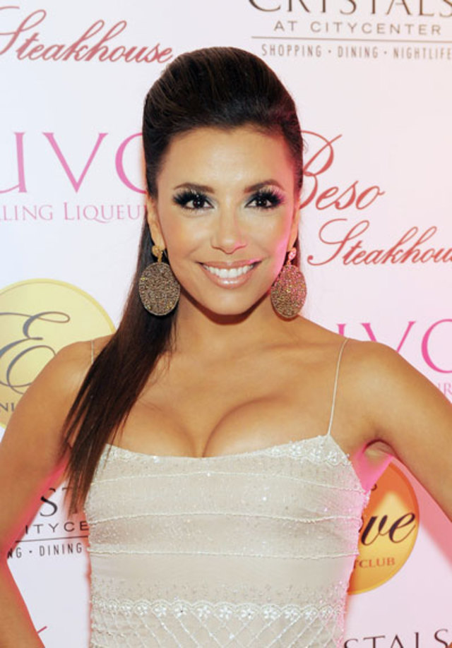 0321-eva-longoria-hot-ponytail-smoky-eye-mkaeup_bd