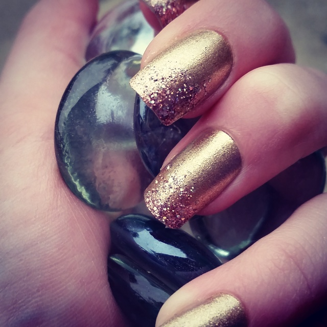 Cute and elegant glitter and gold gradient nails