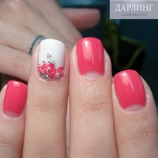 Moon Manicure by Лауменене Полина, салон дарлинг