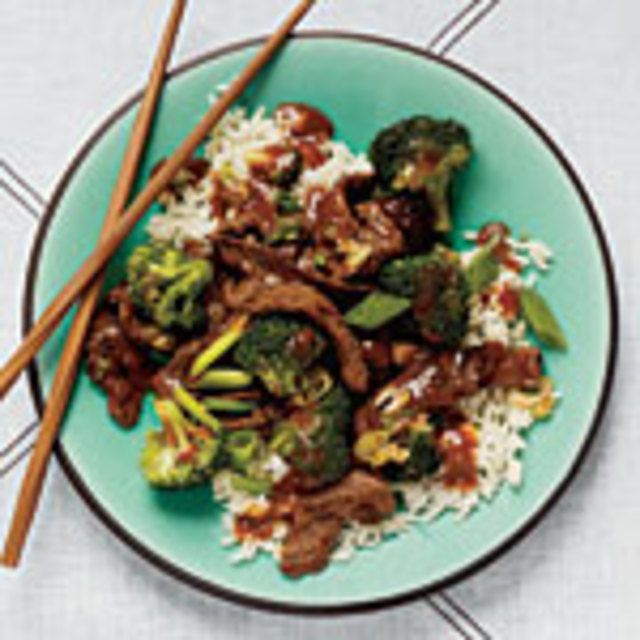 1103p37-beef-broccoli-stir-fry-s