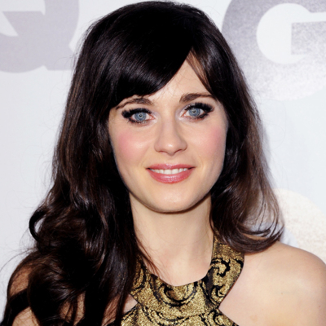 112111-Zooey-Deschanel-400