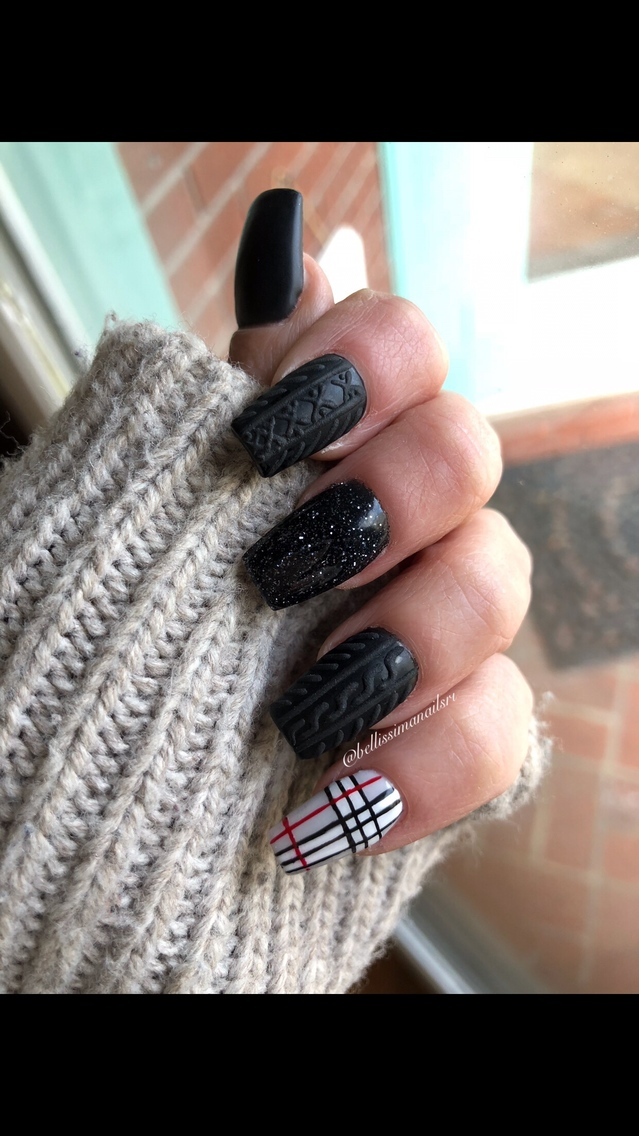 Black sweater nailS