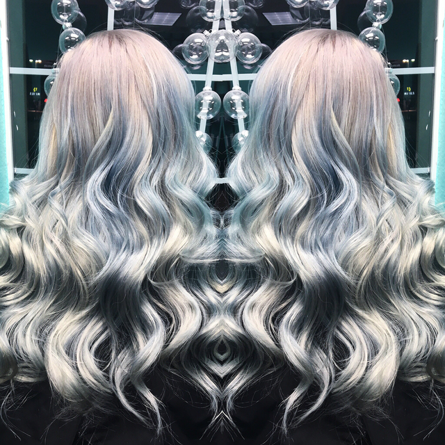 50 Shades of Grey✨ Used Kenra Metallics 10sm, 9sm, Pravana Silver, and Chi level  8 Silver