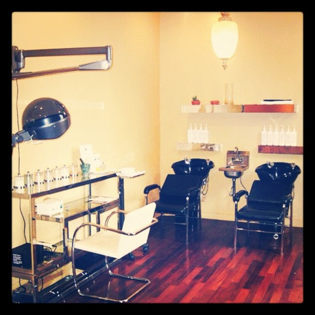 Duarte Salon