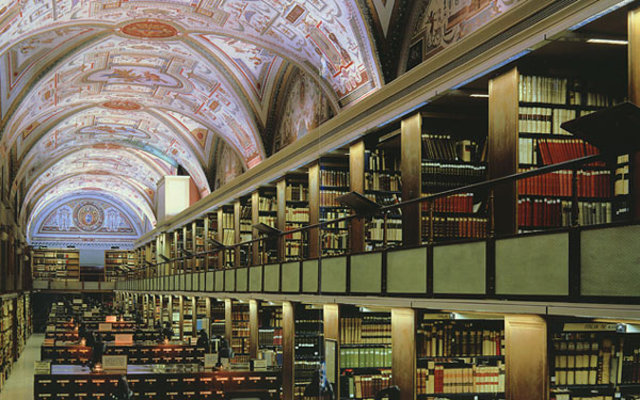 vatican-and-oxford-libraries-scan-ancient-works