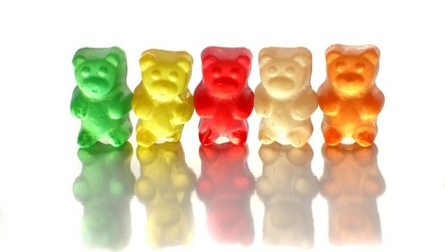 Gummy-Bear-Implants-580x328