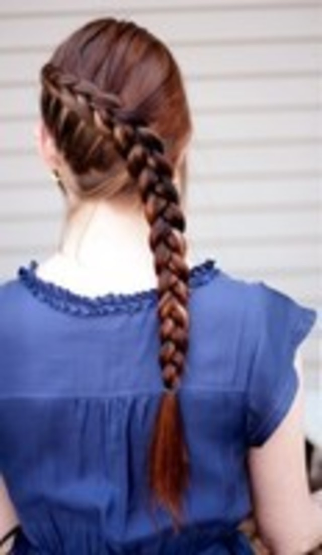 Dutch hair braid