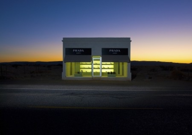 481-raw-Prada_Marfa_4_display
