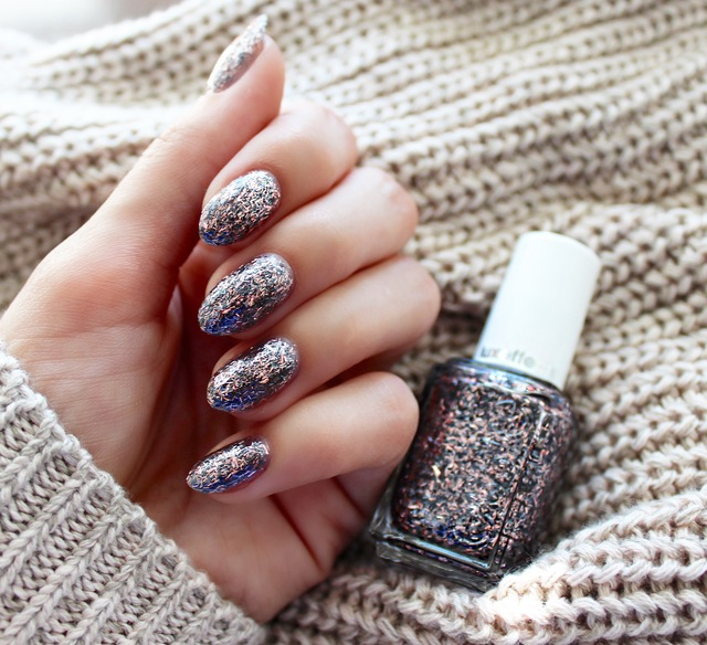 Lauren's List | essie x fringe factor