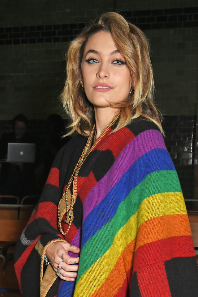 Re sized 533484174b3cda6a0a89 paris jackson london fashion week