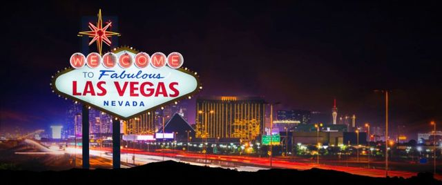 Re sized 6078deb62c4f02169dae las vegas sign strip gty jef 180418 hpmain 12x5 992