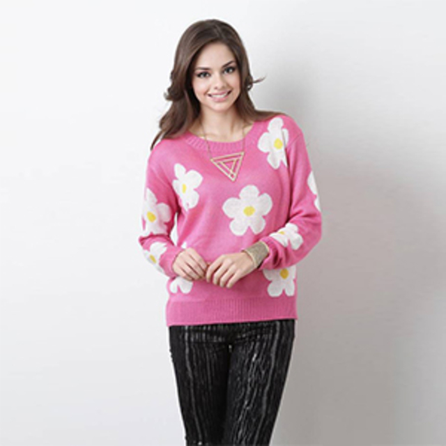 UrbanOg Blossoming Love Sweater