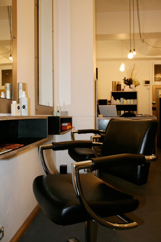 Super Deluxe Hair & Makeup Salon - Darlinghurst, Sydney