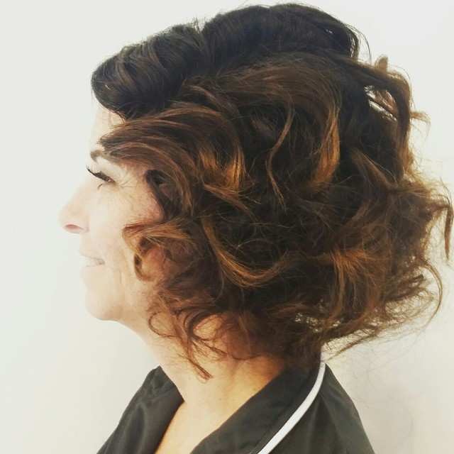 faux bob with finger waves