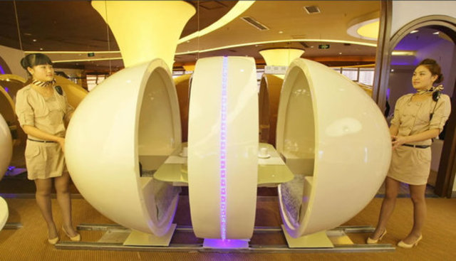 A380_themed_restaurant_1-thumb-550x315