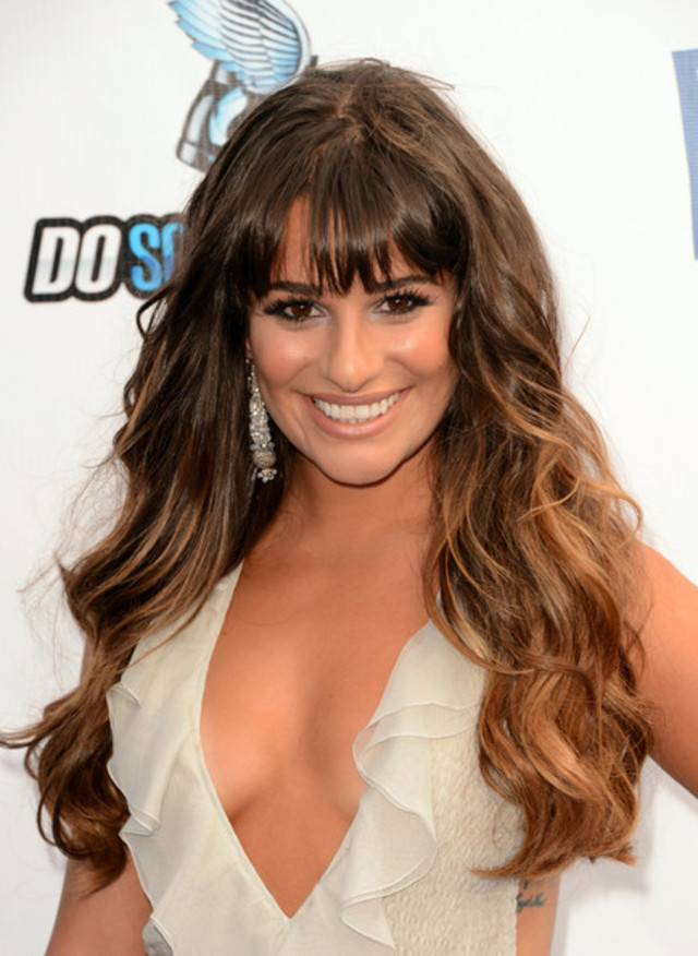 Lea+Michele+Long+Hairstyles+Ombre+Hair+VdvMLdb-wA8l