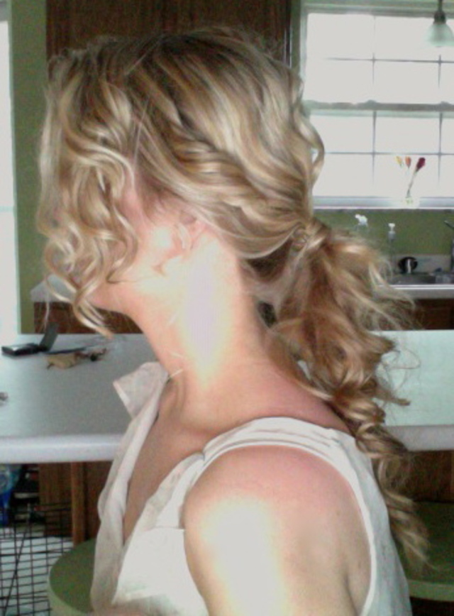 Curly pony