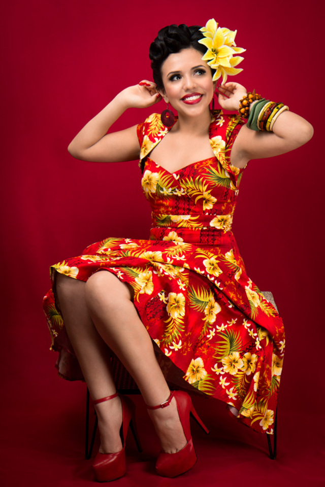 Tropical Pin Up