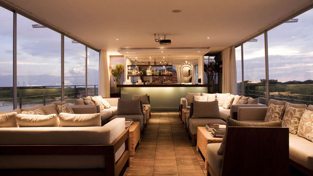 Aqua-Expeditions-MV-Aria-lounge