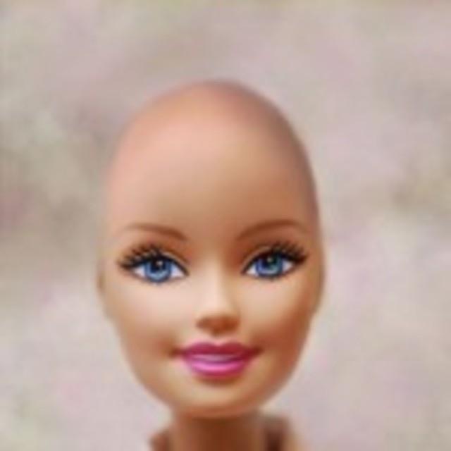 Bald Barbie Bangstyle