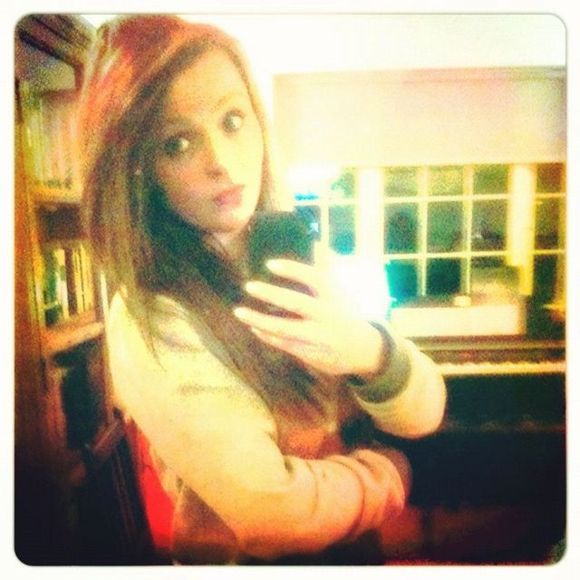 Brown hair x