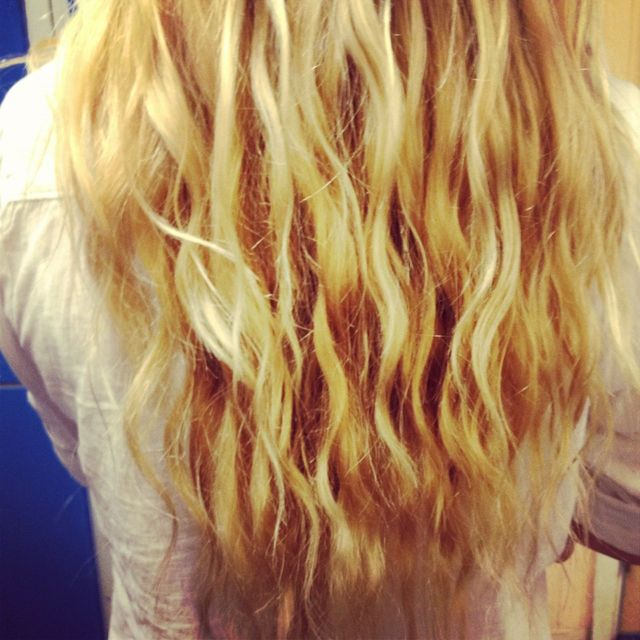 Curly schoolhair