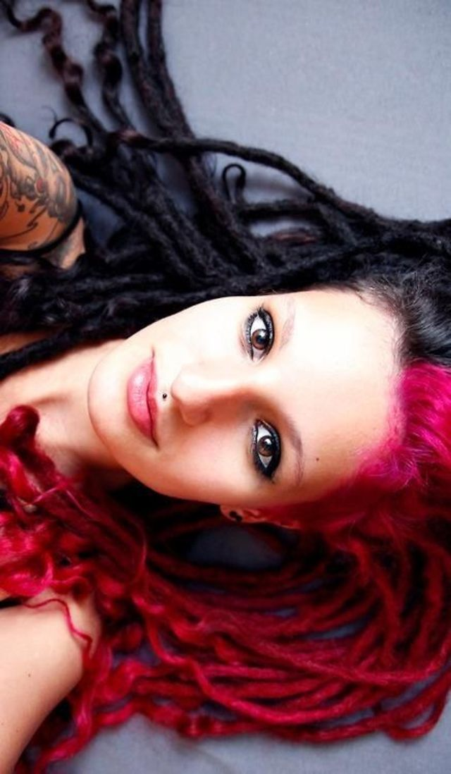 Dreads/Colour'd hair