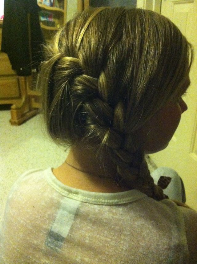 Dutch middle braid