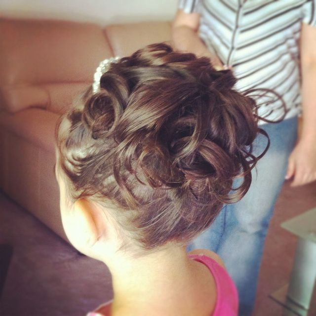 Flower Girls hair