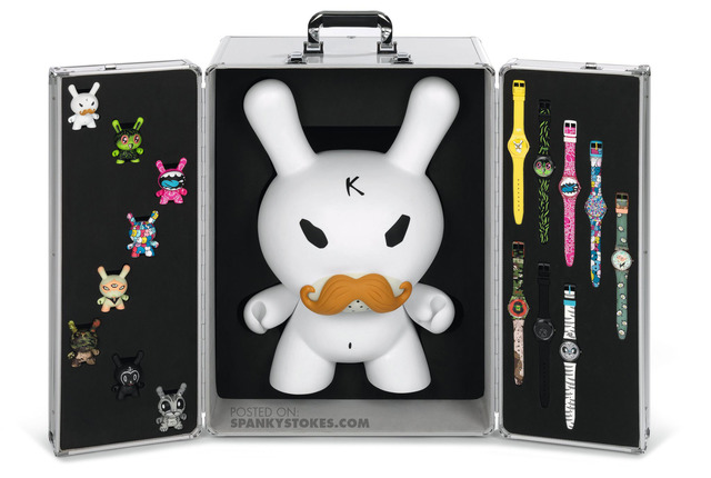 Kidrobot-Dunny-Swatch-Watch-Set-open