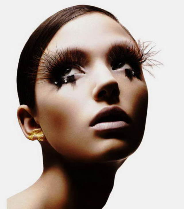 Lashes Bangstyle