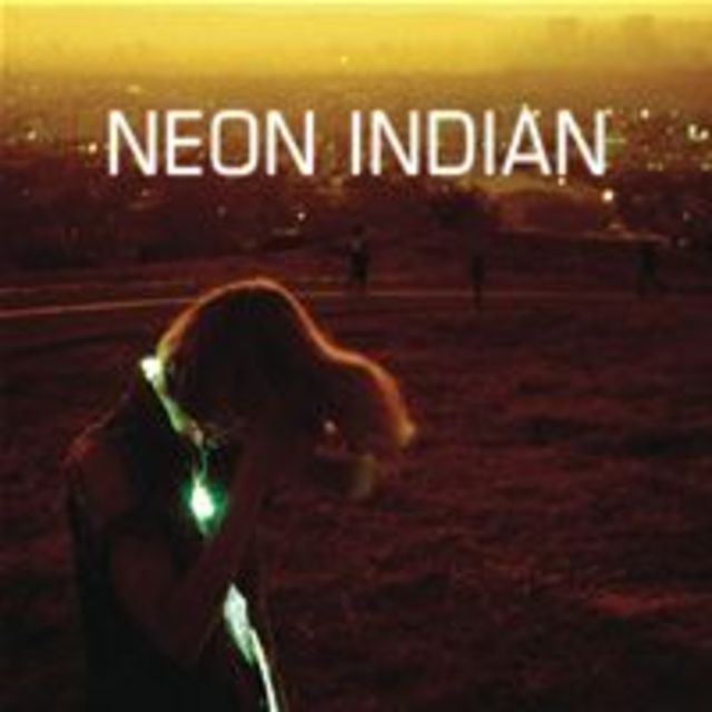Neon_Indian-Era_Extrana_2