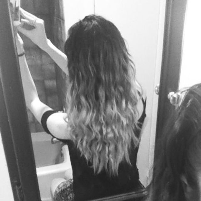 Ombré waves
