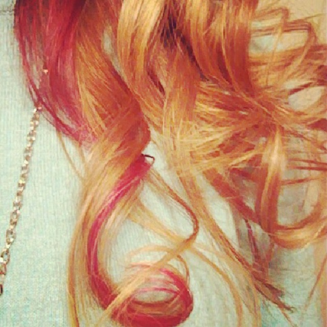 Pink/Purple curls