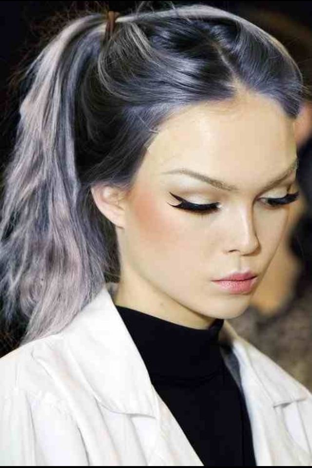 Silver with purple highlights - dream hair