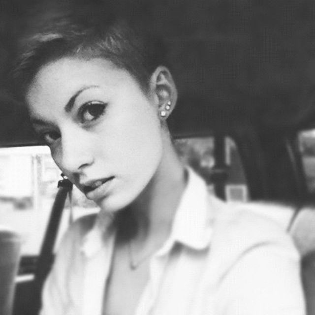 The edgy pixie cut.