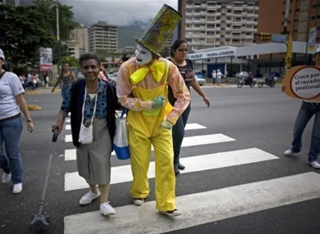 Venezuela Traffic Mimes Bangstyle 2