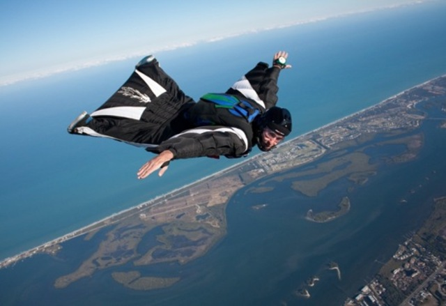 Wingsuit Bangstyle