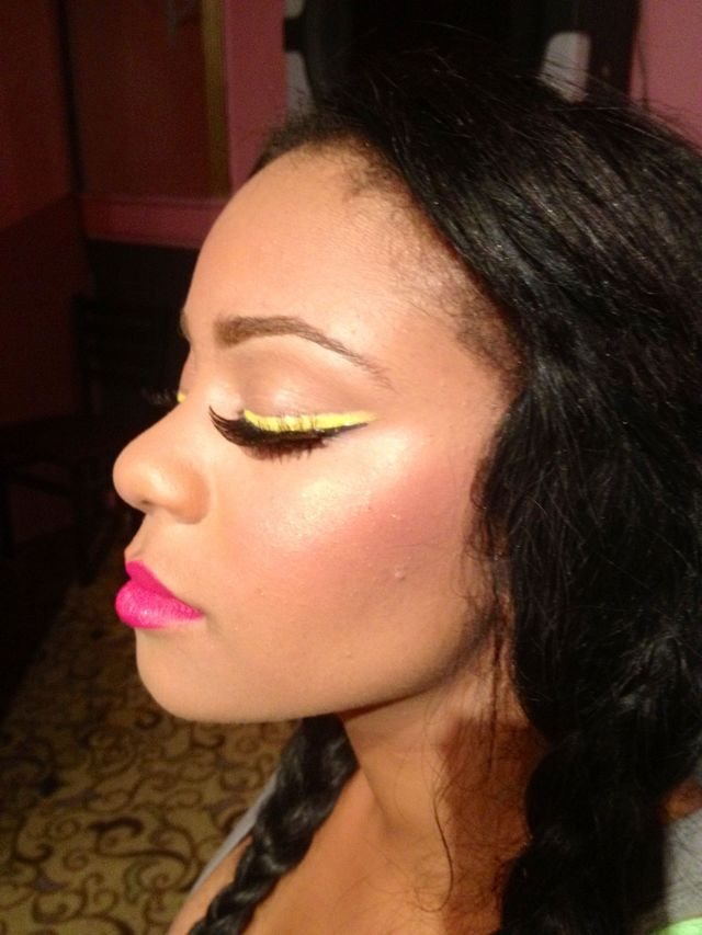 Yellow eyeliner & Pink lips
