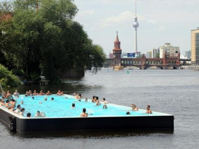 berlin floating pool