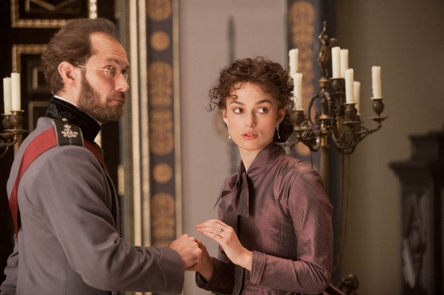 anna-karenina-movie-image-jude-law-keira-knightley