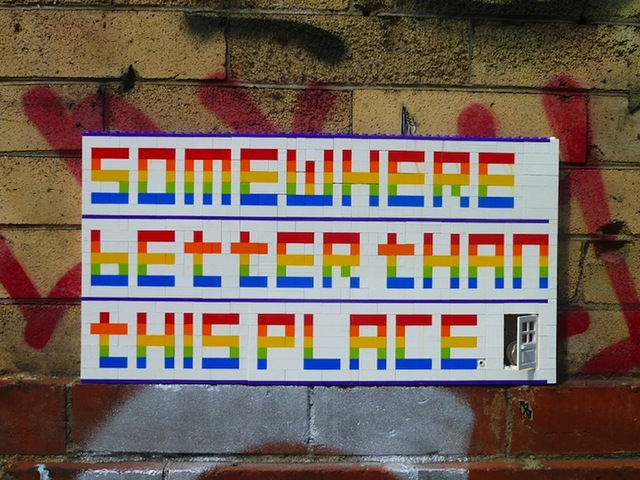 jaye-moon-rainbow-lego-street-art-messages