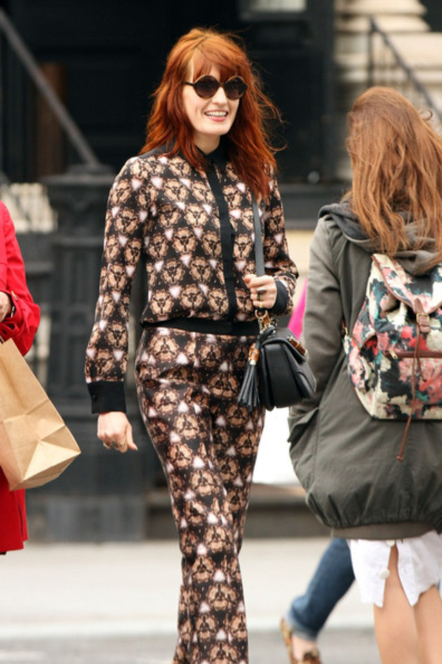 Florence+Welch+Florence+Welch+Dresses+Up+NYC+7ICBh-9b5Vpl