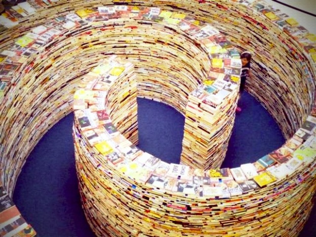 Giant Maze Made of Books London