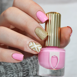 Re sized aa4919b7416e0a625e5e pink and gold nails pic3