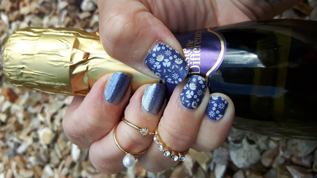 Perennial Blue Mixed Wrap Mani