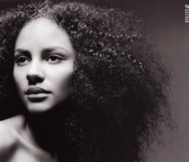 african,afro,black,and,white,curly,hair,model-90cb5ceee6a761ea603c6969c887ce7e_m