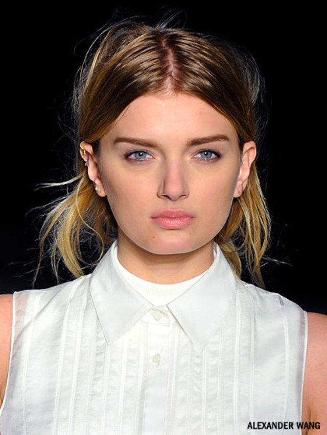 alexander-wang-defined-eyebrows