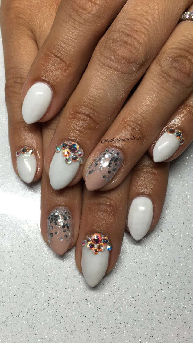 White/nude bling